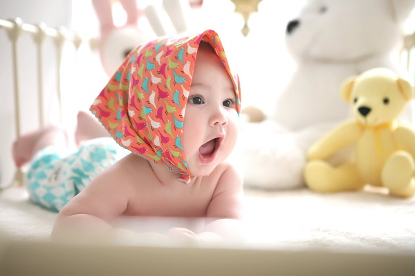 Dlaczego warto robić zakupy w internetowym sklepie dla niemowląt?